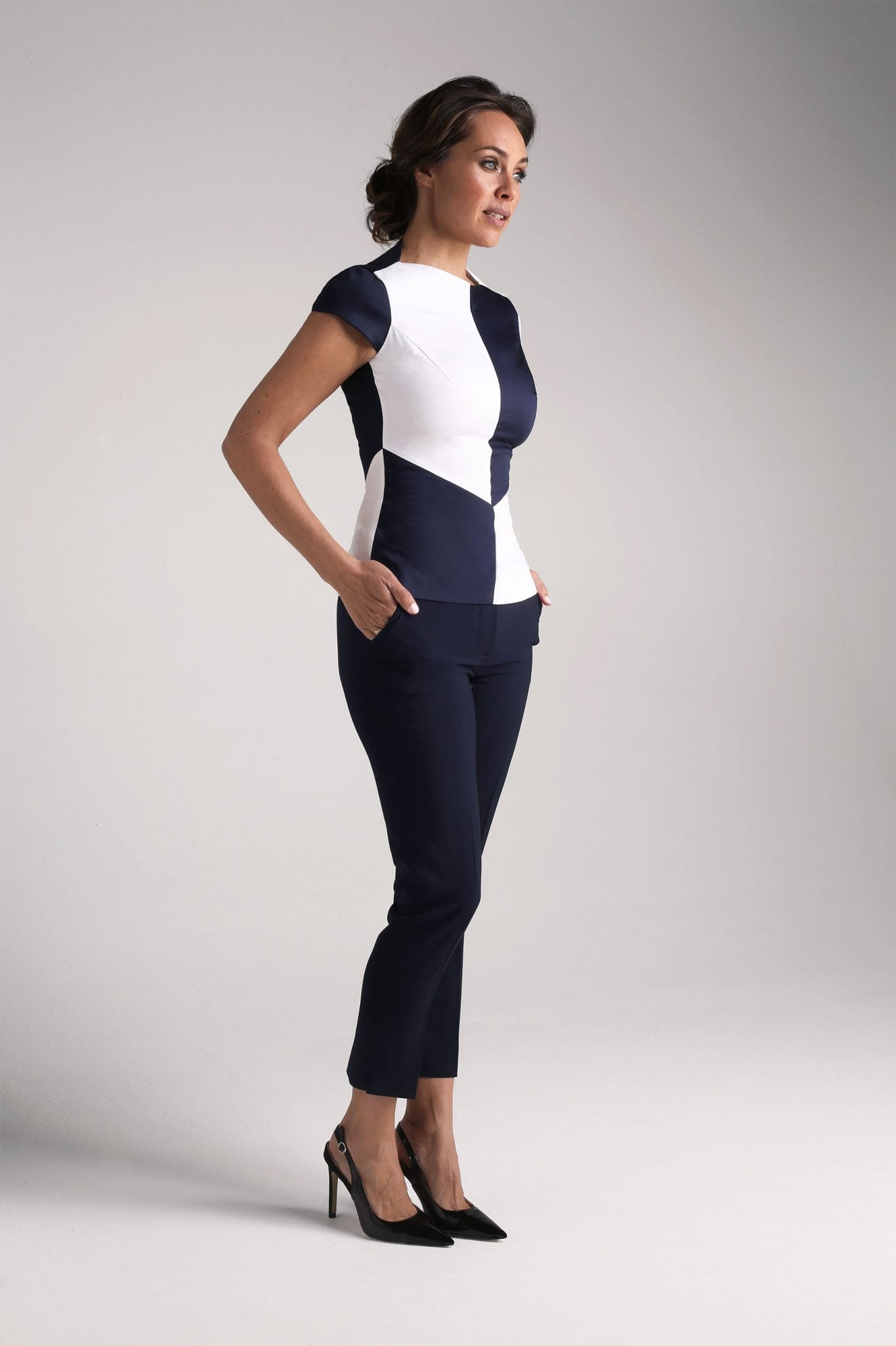 Navy Capri Trousers1